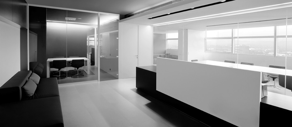 Mamparas de oficina suelos y techos t cnicos tabiques for Divisiones de oficina
