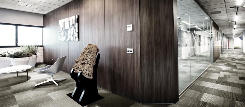 Mamparas de oficina divisiones de cristal y madera para for Mamparas de oficina