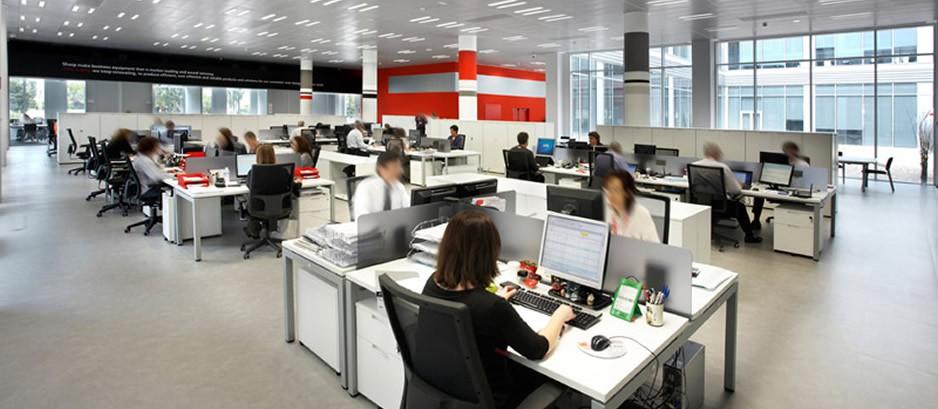 Mobiliario para oficina muebles para direcci n for Espacios de oficina