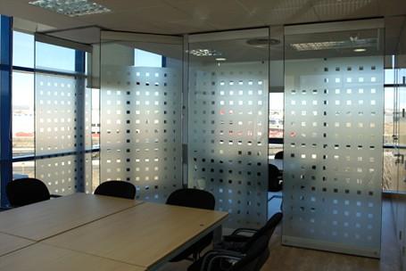 Tabiquer a m vil tabiques m viles para oficina hermarta for Diseno de oficinas con contenedores